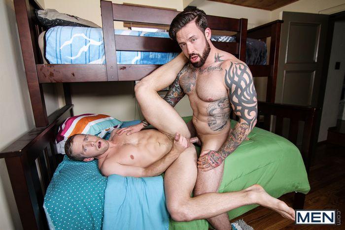 jordan-levine-fucks-scott-riley-gay-porn-3