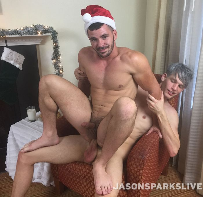 Little christmas elf cums hard christmas special 7