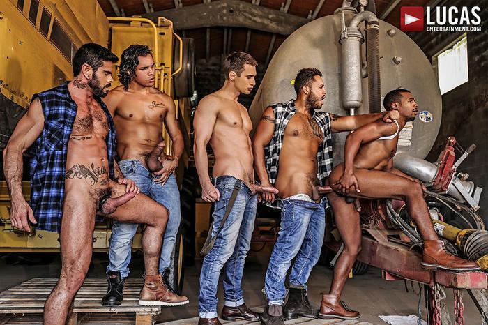 Jacen Zhu Bareback GangBang Gay Porn Alejandro Castillo Alex Kof Mario Domenech Viktor Rom