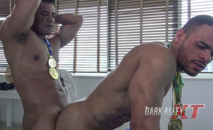 Douglas Ferraz Gay Porn Lago Bareback Sex DarkAlleyXT