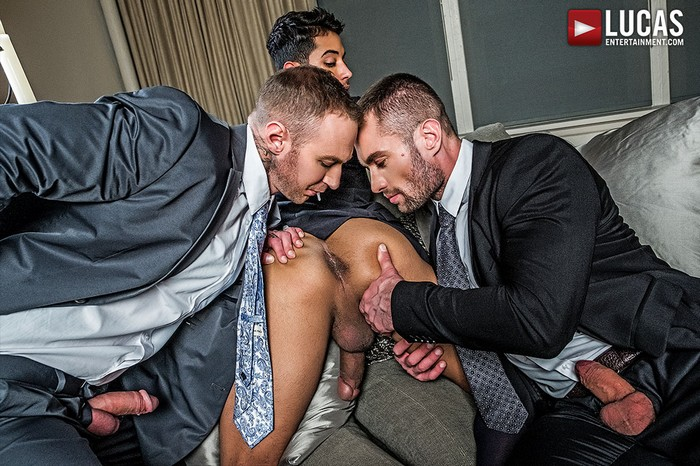 Drae Axtell Gay Porn Dylan James Stas Landon Suit Sex Muscle Hunk