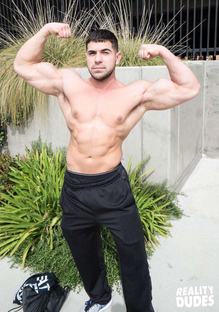 Muscular Straight Bottom Buttfucked