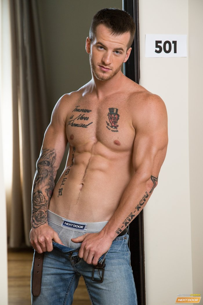 image Activeduty quentin gainz fucked raw by first timer