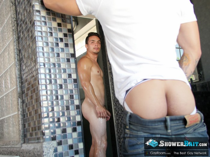 Ollie Gay Porn Ty Mitchell Shower Fuck