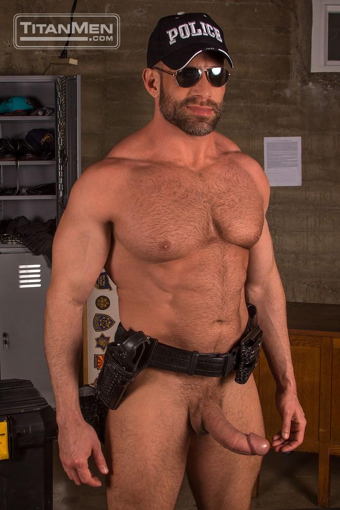 Musclebound Gay Porn Stars Bruce Beckham and Jason Vario ...