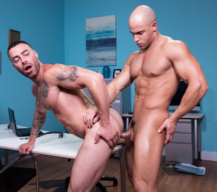 Carlos Lindo Gay Porn Sean Zevran Muscle Hunk Doctor Sex