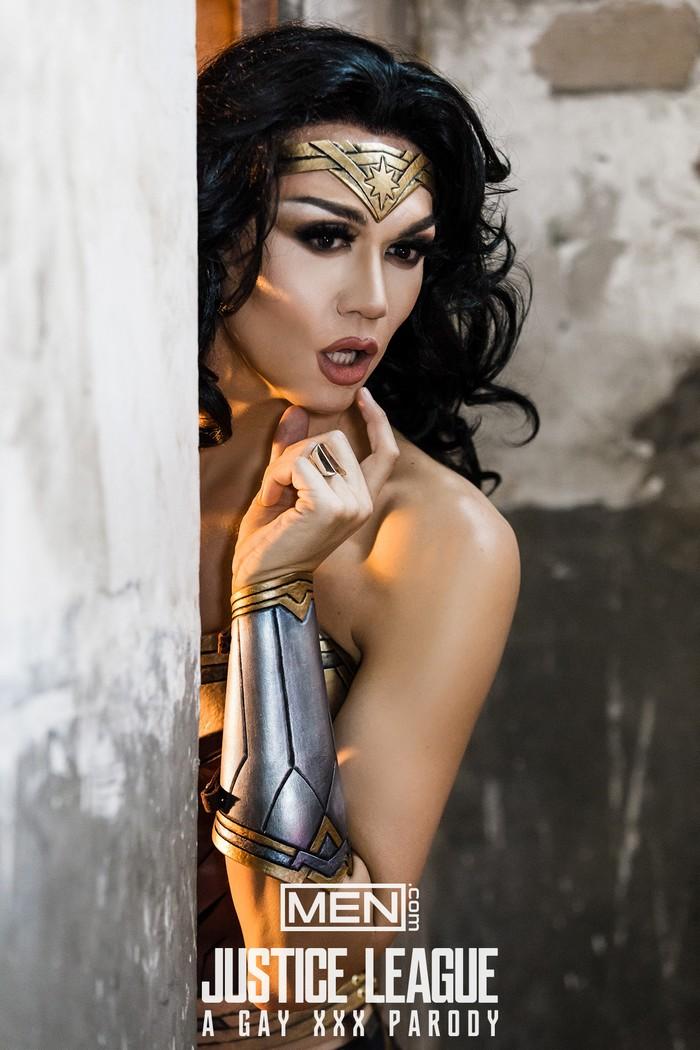 Justice League Gay XXX Parody Wonder Woman Manila Luzon