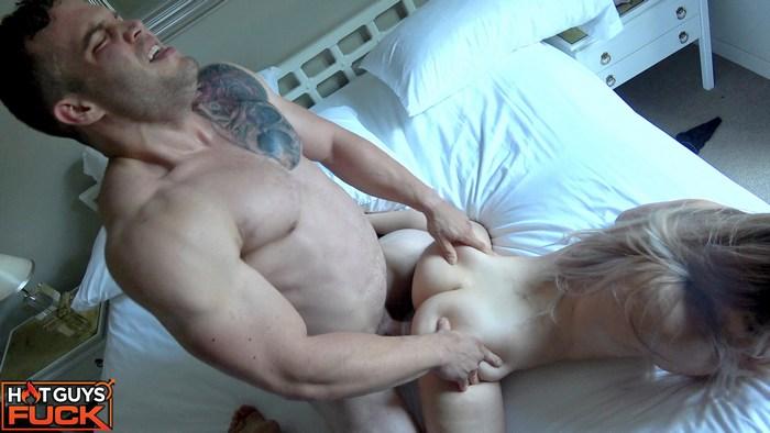 Buck Carter Bodybuilder Muscle Hunk Straight Porn HotGuysFuck