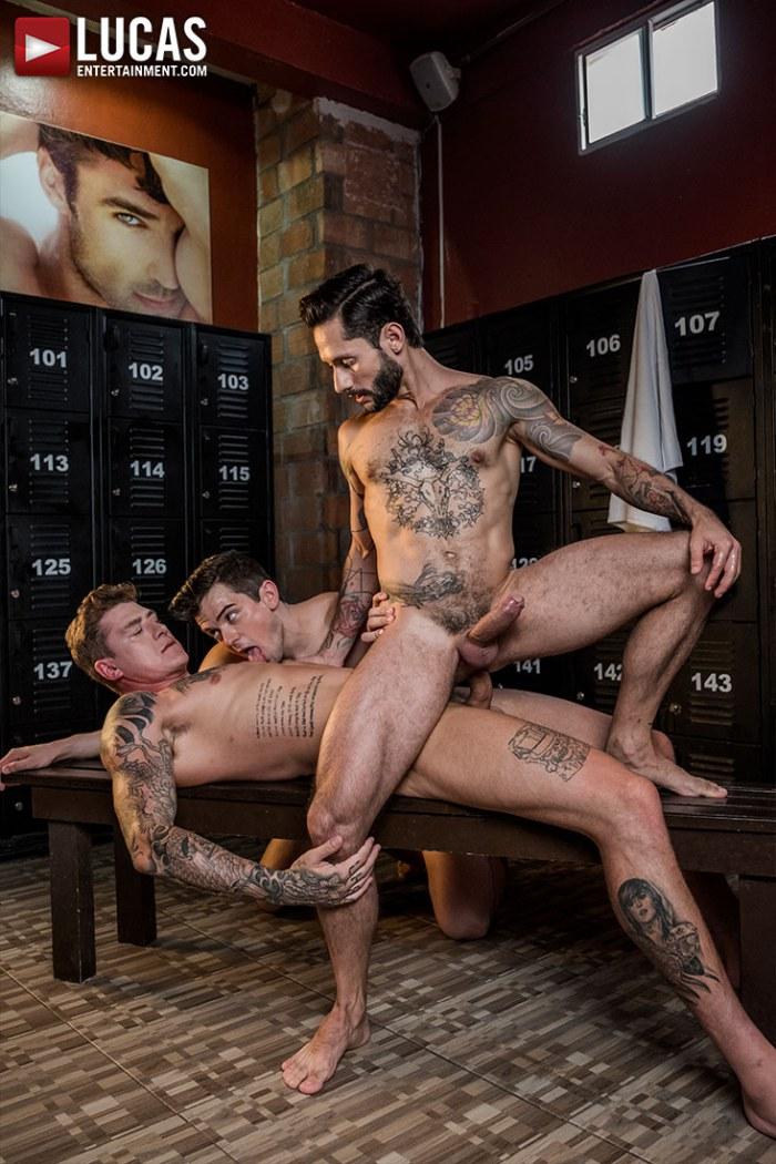 tumblr locker room gay