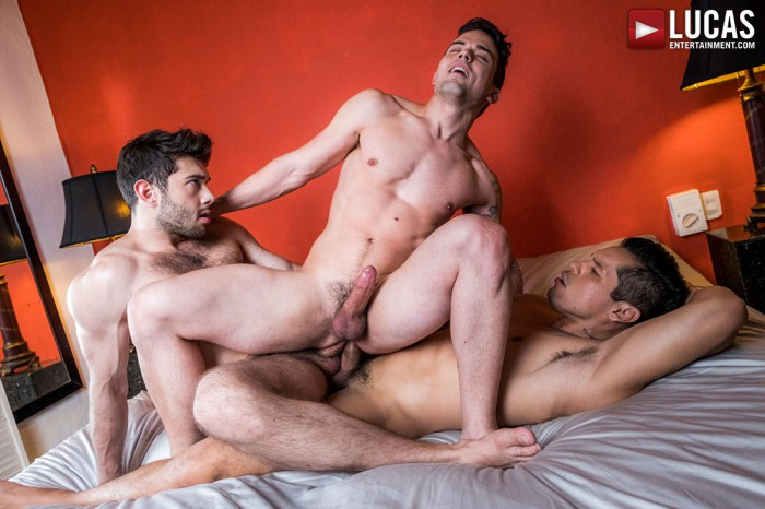 Gay Porn Double Penetration Dakota Payne Ben Batemen Alejandro Castillo