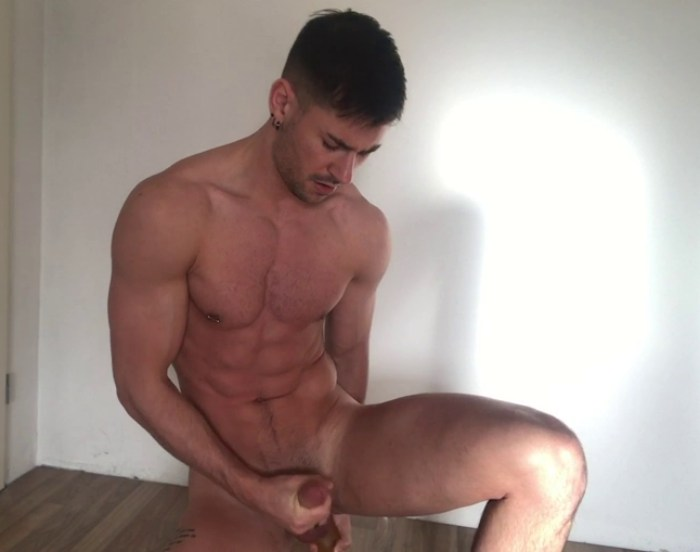 Lukas Daken Gay Porn Muscle Bottom Dildo Sex Toy