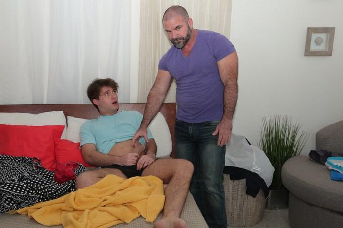 Horny timo jerking his massive hardcock