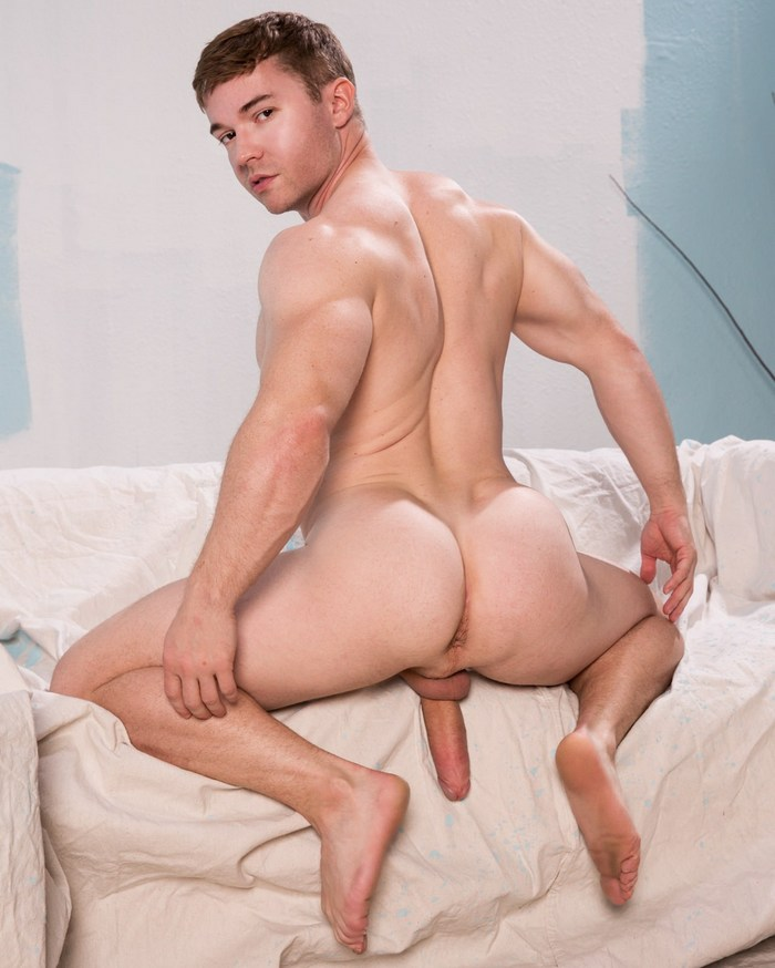 Gabriel Cross Gay Porn Star Naked Big Bubble Butt