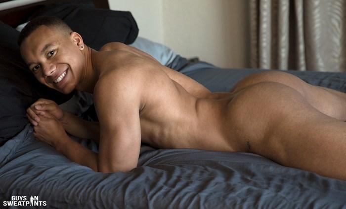 Quin Quire Gay Porn Forest Bareback Sex