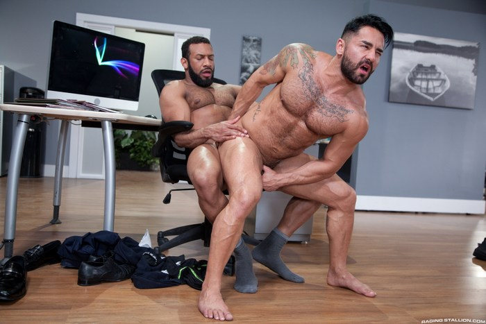 Bruno Bernal Gets Fucked By Jay Landford Rideshare Gay Porn