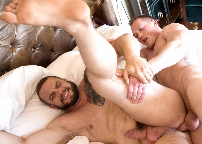 Buck Carter Dax Carter Gay Porn Bareback Bodybuilder Jackson Cooper
