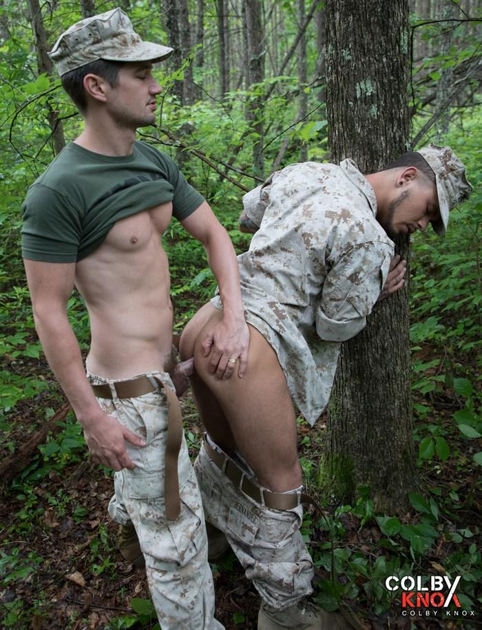 Gay militaire porno site