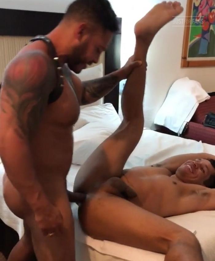 Alejandro Castillo Bottom Gay Porn Viktor Rom Bareback Sex