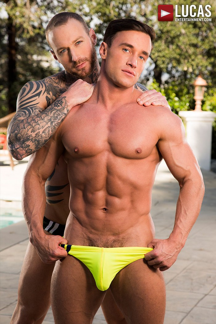 Alexander Volkov Dylan James Gay Porn Star Muscle Hunk Shirtless