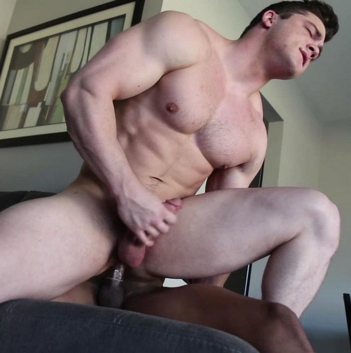 Collin Simpson Gay Porn Bodybuilder Muscle Bottom Ian Borne