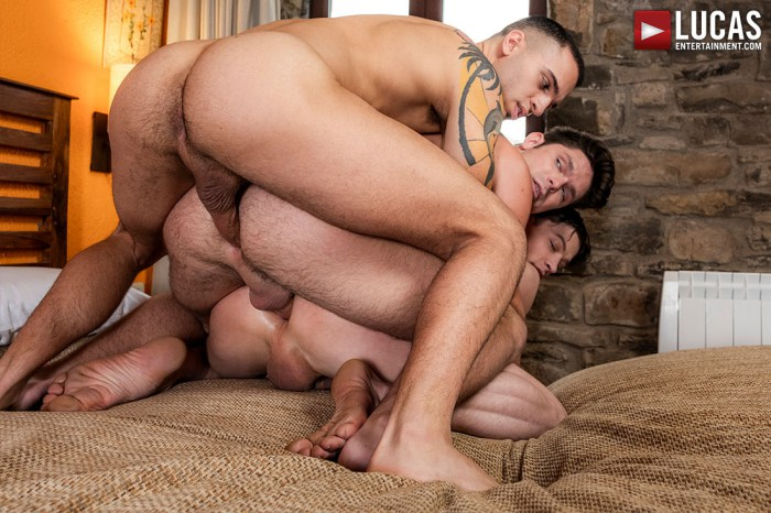 Leo Rex Gay Porn Devin Franco Ruslan Angelo Bareback Train Fuck