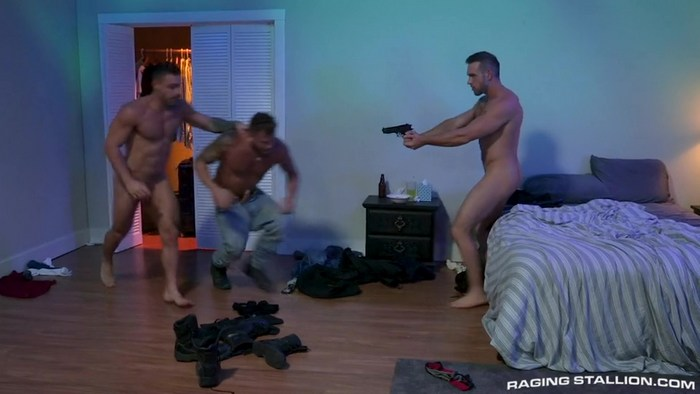 Bounty Hunters Bareback Gay Porn