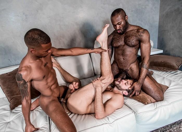 Gay Porn Interracial Sex Noah Donovan Jacen Zhu Max Adonis