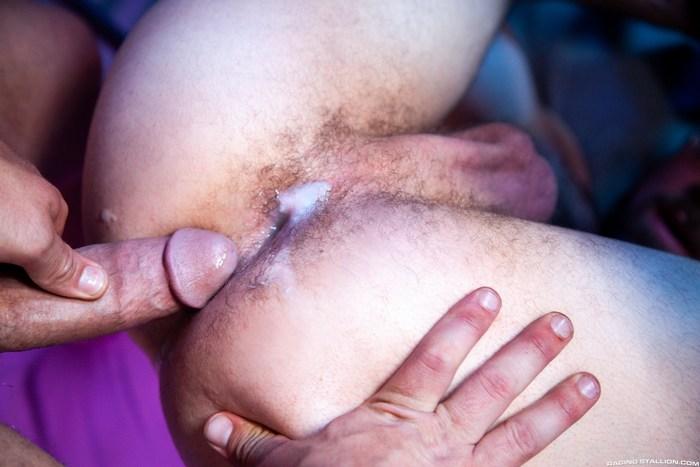 Jay Austin Gay Porn Riley Mitchel Bareback Fuck Bounty Hunters