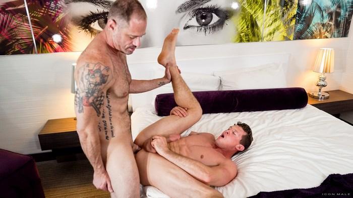 Pierce Paris Big Dick Bottom Gay Porn DArclyte