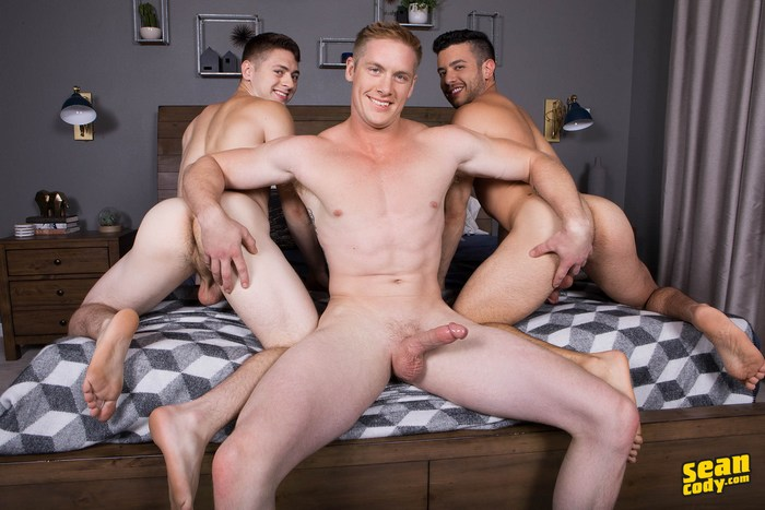 Gay bareback fuck