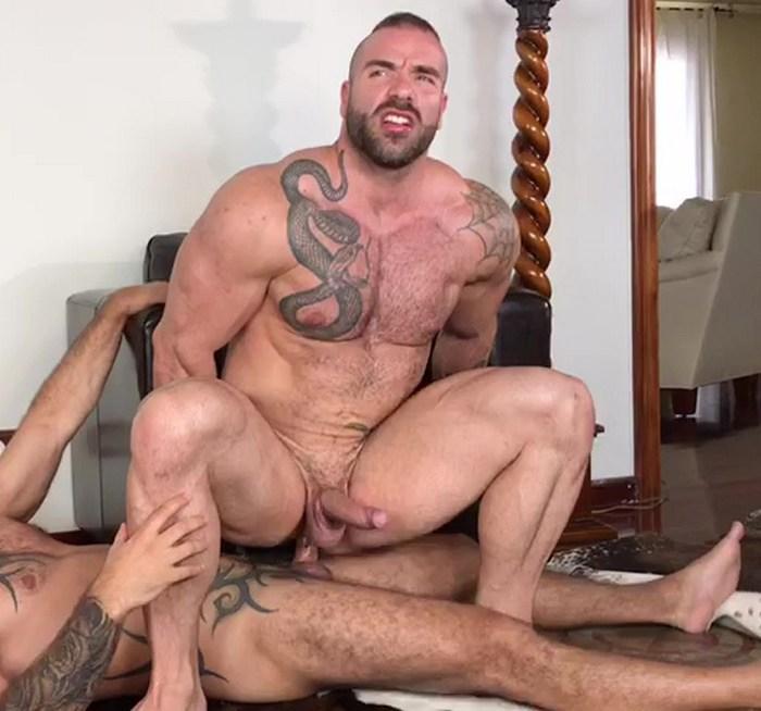 Max Hilton Gay Porn Bodybuilder Bottom Muscle Hunk Butt Fucked Kristen Bjorn