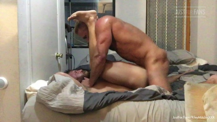 Riley Mitchel JustForFans Gay Porn Bareback Sex Tapes