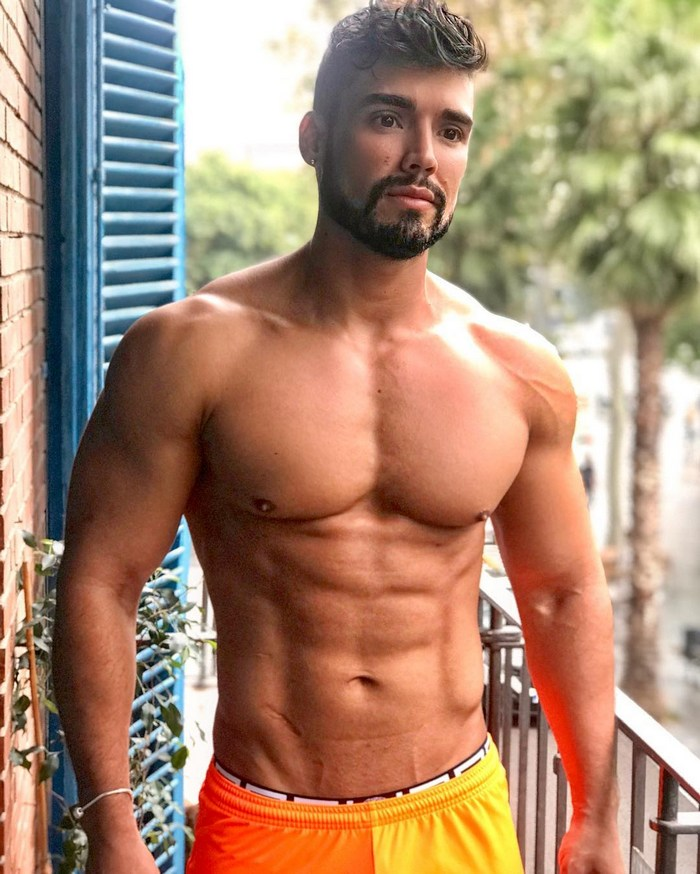 Dann Grey Gay Porn Star Muscle Hunk Shirtless Fitness Model