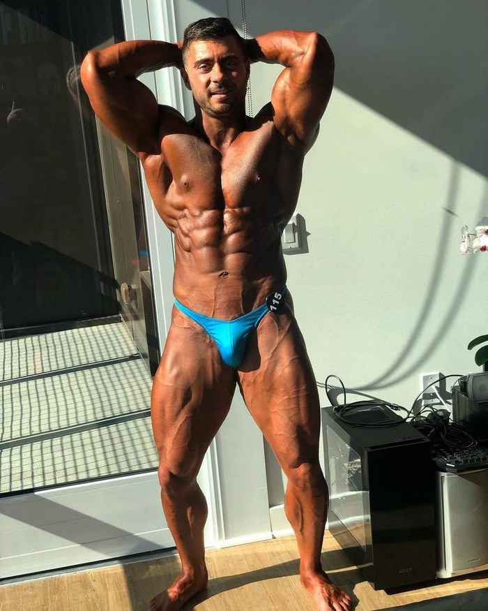 Derek Bolt Gay Porn Star Bodybuilder Bronzed
