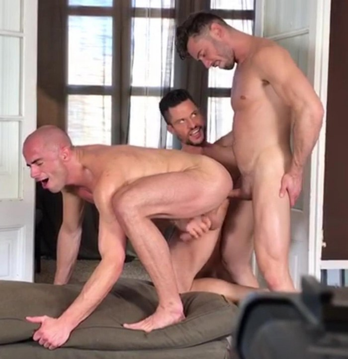 Diego Summers Bottom Gay Porn Kris de Fabio Marcos Oliveira Bareback Sex Behind The Scenes