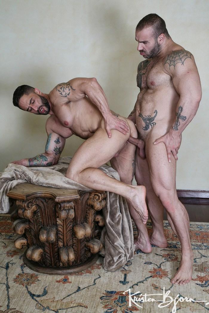 Gay Porn Bodybuilder Max Hilton Fuck Robin Sanchez XXX Bareback Sex KristenBjorn