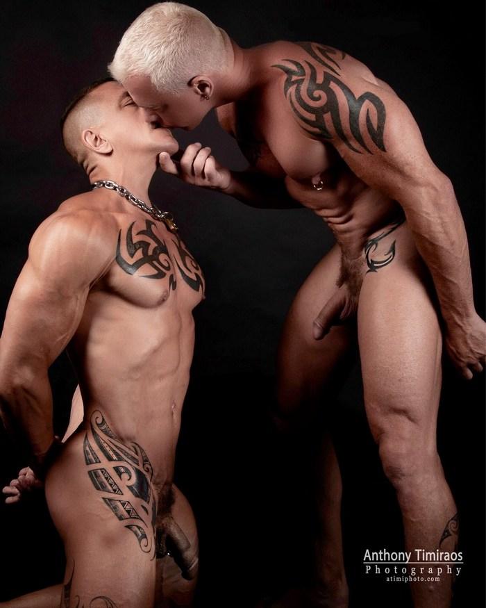 Ryan Carter Digger Gay Porn Kiss Muscle Daddy