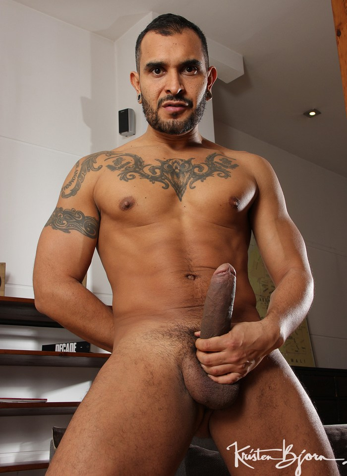 Lucio Saints Big Dick Gay Porn Star KristenBjorn