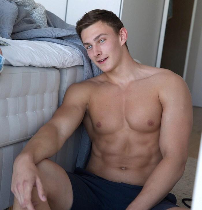 Mikk Arden BelAmi Flirt4Free Cam Model Shirtless Hunk