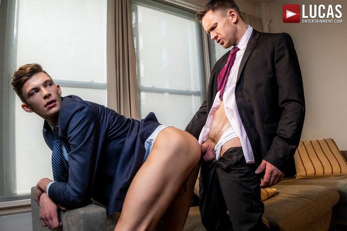 Andrey Vic Gay Porn Braxton Boyd Bareback Sex