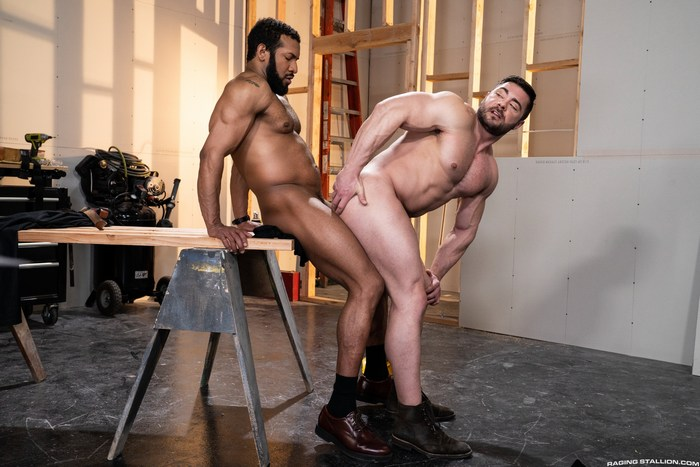 Derek Bolt Gay Porn Bodybuilder Bareback Sex Jay Landford