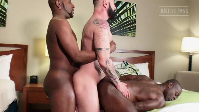 Gay Porn Aaron Trainer JD Daniels TWillCox JustForFans