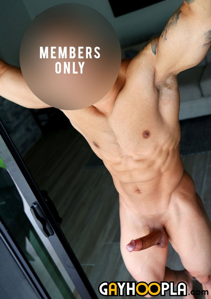 GayHoopla Athletic Muscle Jock Big Dick Naked
