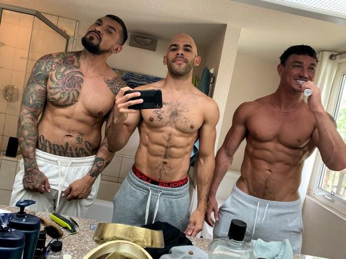 Cade Maddox Austin Wilde Boomer Banks Gay Porn Star Shirtless Selfie