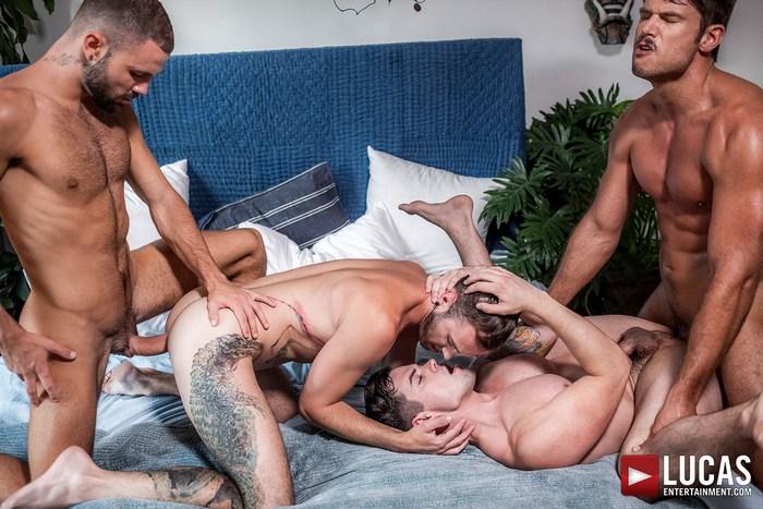Gay Porn Tyler Roberts Dakota Payne Drake Rogers Jeffrey Lloyd Bareback Orgy