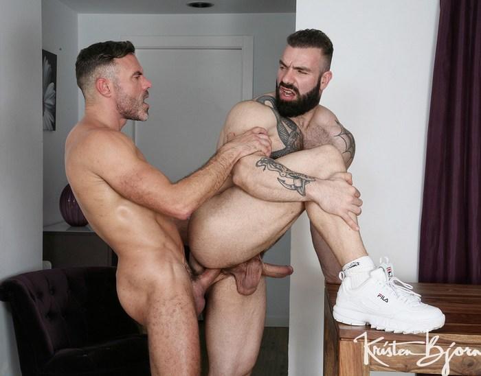Gay Porn Bodybuilder Bottom Max Hilton Manuel Skye Bareback Fuck
