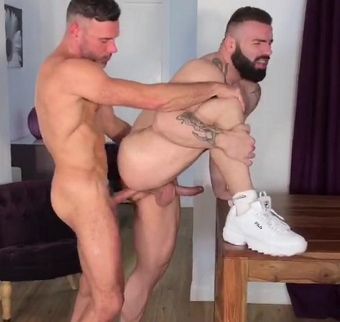Gay Porn Bodybuilder Bottom Max Hilton Manuel Skye Bareback Sex