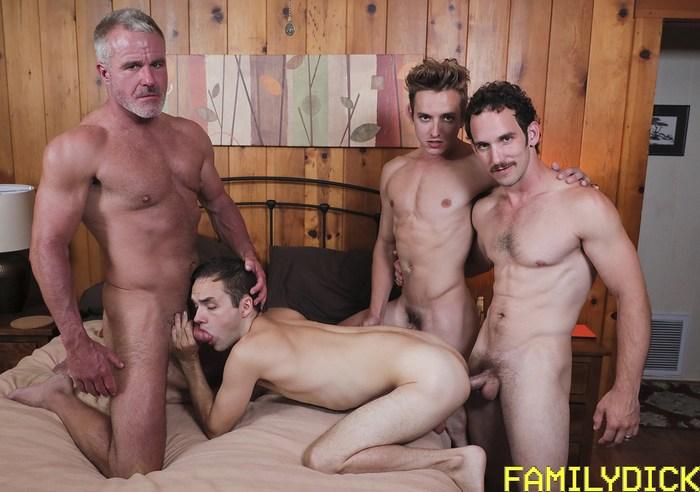 Gay Porn GangBang Dale Savage Greg McKeon Bar Addison Marcus Rivers FamilyDick