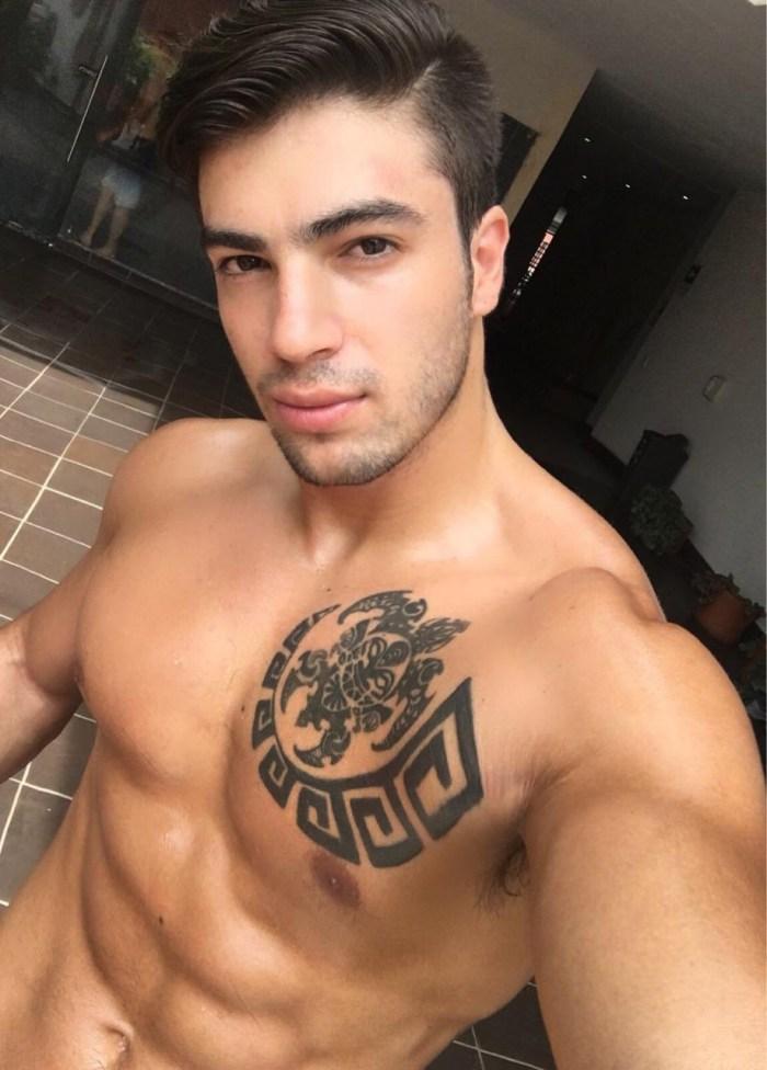 Mason Blaze Naked Muscle Hunk Flirt4Free