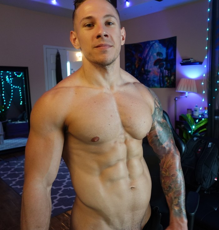 Aiden Lust Naked Muscle Hunk Chaturbate Male Model